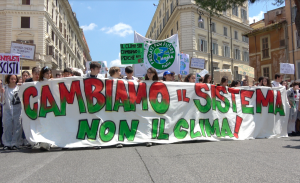 "Roma, Global strike for future: ""Cambiamo il sistema non il clima"""