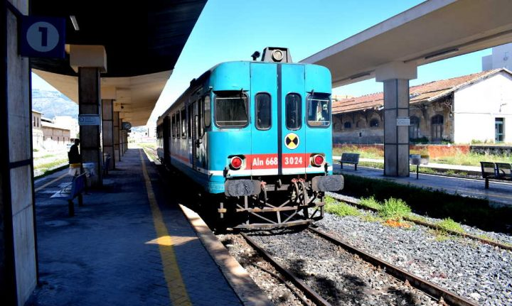 Non chiamatela TAV, è la linea ferroviaria che conduce a Trapani