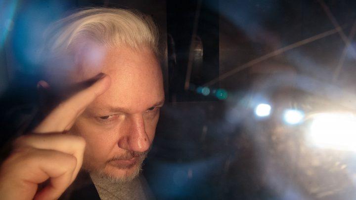 Lenin Moreno pone en peligro a Assange