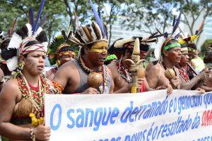 Bolsonaro insiste em deixar demarcação de terras com ruralistas