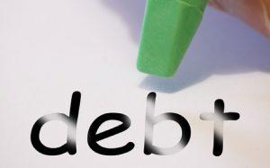 Da Buenos Aires a Maputo, viaggio nel 'sistema debito'