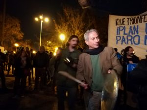 El «cacerolazo de los patipelaos» en varias ciudades de Chile