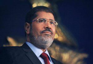Morsi muore in tribunale: Egitto in fiamme