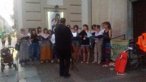 Il presidio in solidarietà alla Sea Watch 3 a Torino