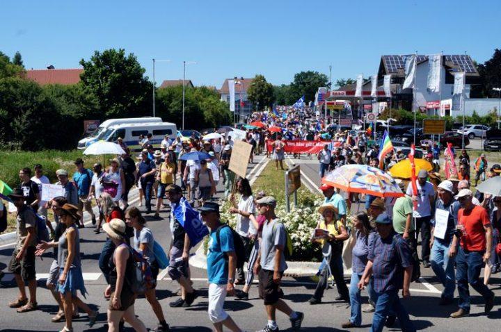 Demonstration gegen die Air Base Ramstein trifft zunehmend den Nerv