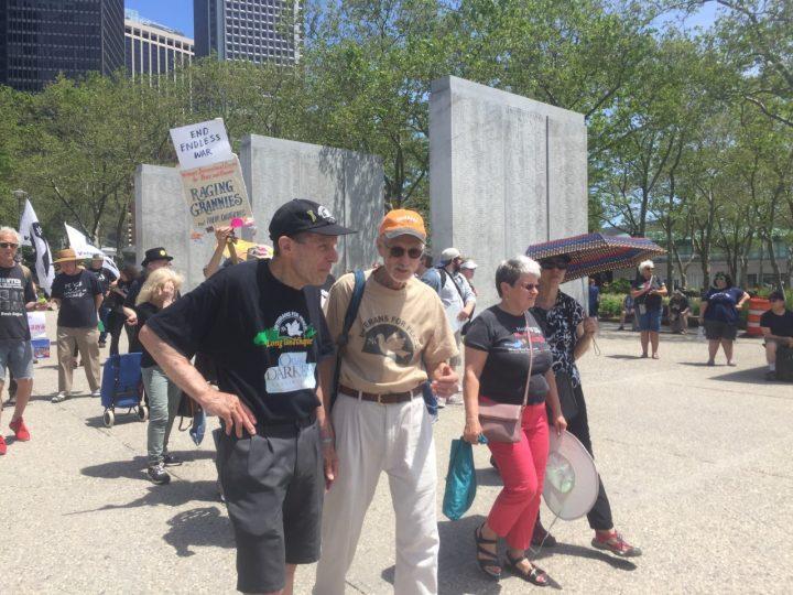 Les anciens combattants appellent à la paix