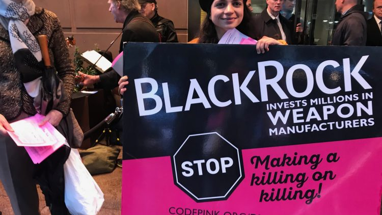 Un appello a investire nella pace durante l'assemblea degli azionisti Blackrock