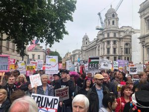 London, ironic and creative protest against Trump's visit