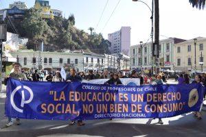 Docentes latinoamericanos en lucha: Resistir la cruzada contra los que profesan la fe en el conocimiento