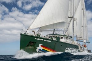 "Torna in Italia la Rainbow Warrior. La Sicilia tappa del tour europeo ""United for climate"""