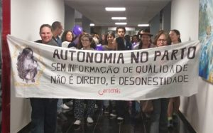 Brasil: enfrentan el proyecto de ley que aumentará el riesgo de vida de mujeres y recién nacidos