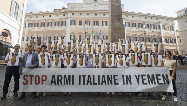 Fabbrica italiana bombe sospende forniture ad Arabia Saudita e Emirati Arabi