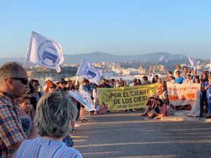 Caravana Abriendo Fronteras denuncia el trato inhumano de los CÍE y CATE en Algeciras y Tarifa