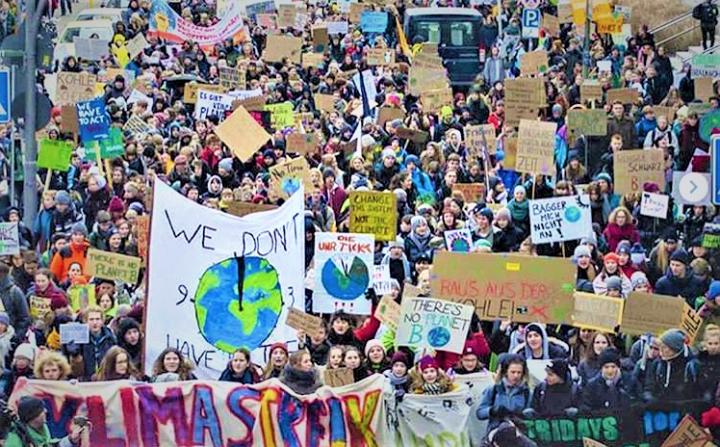 Neue INSM-Kampagne will die starke Klimaschutzbewegung der Jugend aushebeln
