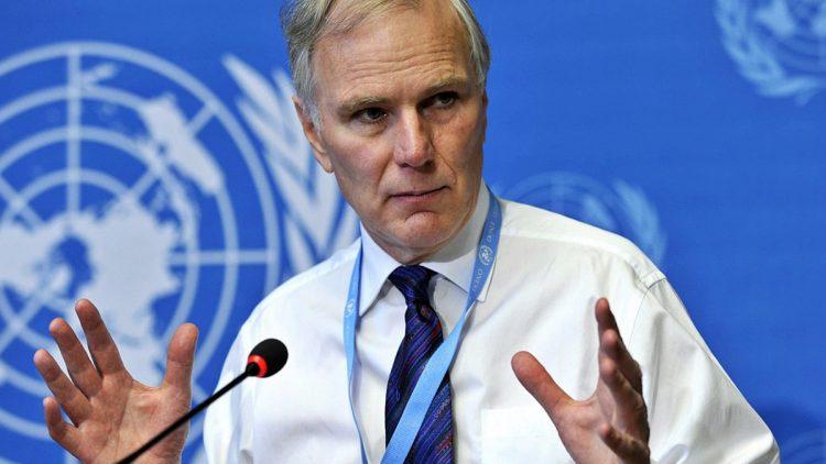Philip Alston durante una conferenza al'lONU