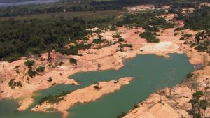 Brasile. Assalto dei cercatori d'oro alle terre dei nativi Waiapi