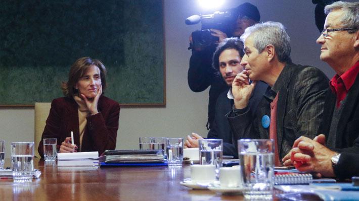 """""""El paro sigue"""": Profesores chilenos rechazan propuesta del gobierno"""
