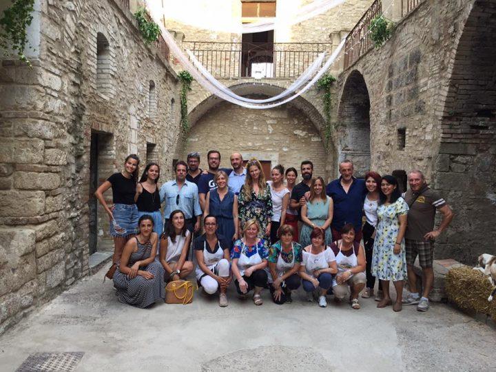 Wonder Grottole: volontari da tutto il mondo per far rivivere un borgo preistorico