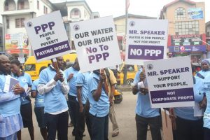 Η εκστρατεία «Το νερό μας, το δικαίωμά μας» στο Λάγκος της Νιγηρίας