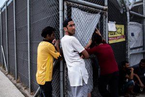 Ξανά το Άσυλο και η Μετανάστευση στο Υπουργείο Προστασίας του Πολίτη – Μια θεσμική οπισθοδρόμηση