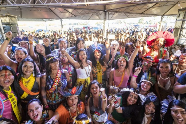 Marcha das mulheres indígenas reunirá 2 mil em Brasília