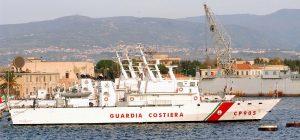 """Nave Gregoretti, Salvini autorizza lo sbarco dei migranti: """"Saranno ospitati da cinque paesi"""""""