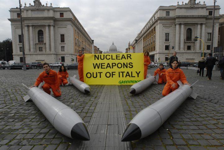 Peppe Sini scrive a Mattarella chiedendo il disarmo nucleare