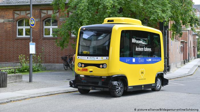 Berlim testa ônibus elétricos sem motorista