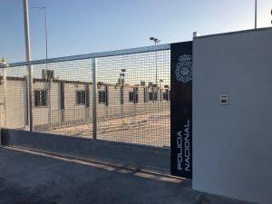 """APDHA denuncia la apertura """"en silencio"""" de una """"cárcel racista"""" en Málaga"""
