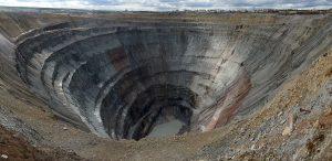 Die Gewalt der Bergbauindustrie: Umwelt- und Menschenrechtsaktivisten im Visier