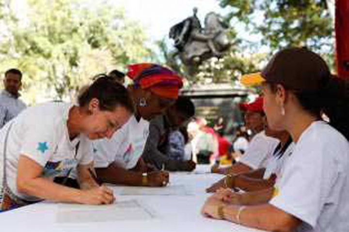 Venezuela : la pétition contre le blocus a déjà recueilli plus de quatre millions de signatures