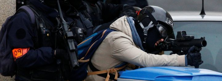 Francia, il G7 segnato dalla repressione delle proteste