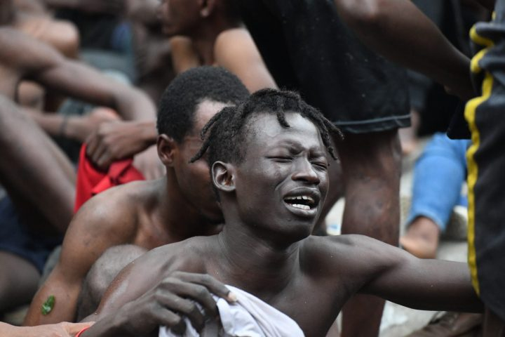 155 migrants salten la tanca de Ceuta, mentre 7 són lliurats al Marroc en una nova 'devolució en calent'