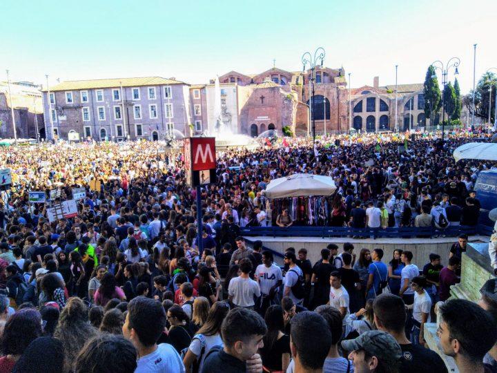 "Roma Climate Strike: in 200mila per dirvi ""adesso basta"""