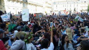 Bordeaux et Paris. Grèves de la jeunesse pour le climat