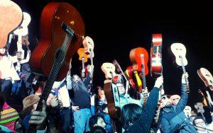Chile, Mil guitarras para Víctor Jara