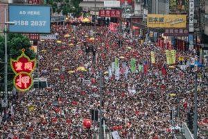 Hong Kong sulle orme di Tienanmen