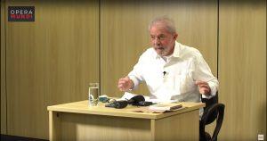 """Lula: """"Se os militares quiserem fazer política, que deixem a farda"""""""
