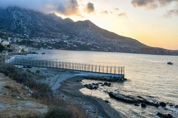 Un tunecino logra burlar a nado la frontera de Benzú (Ceuta)