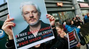 Tribunal de Londres niega libertad condicional a Julian Assange