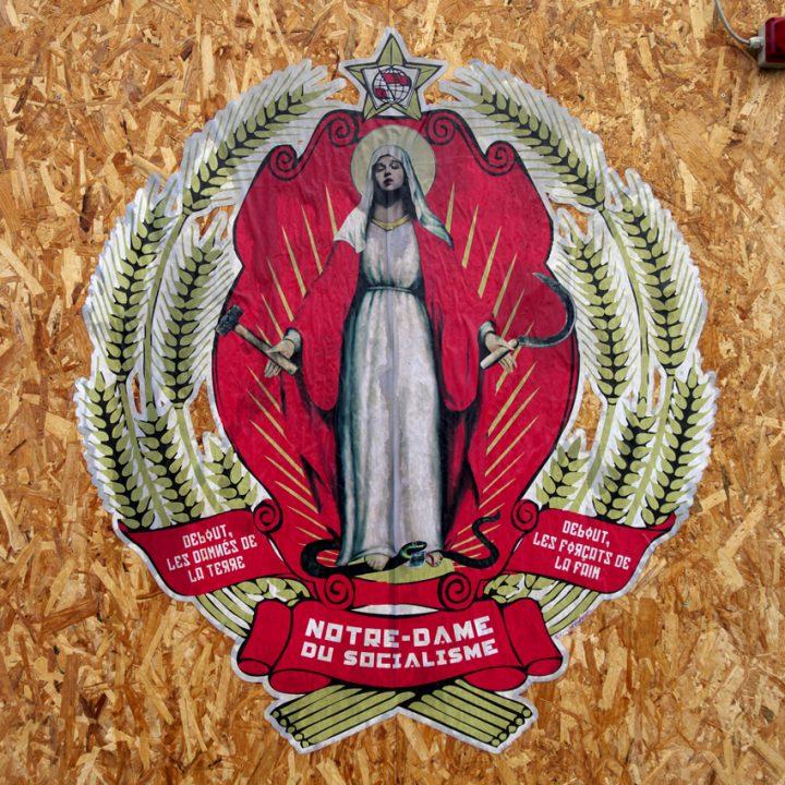 A Roma è riapparsa la Madonna: Notre-Dame du Socialisme, Ex-voto fecit