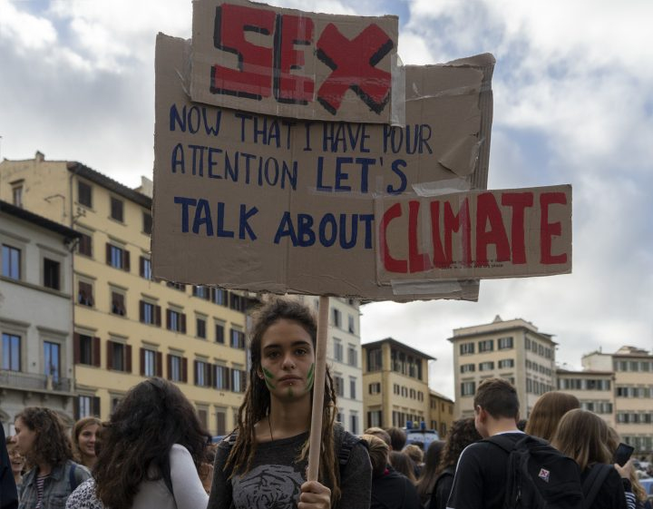 Firenze colorata, ironica e risoluta nella manifestazione di Fridays for Future