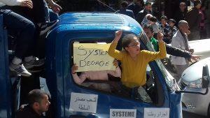 Algeria : soli ma determinati e nonviolenti