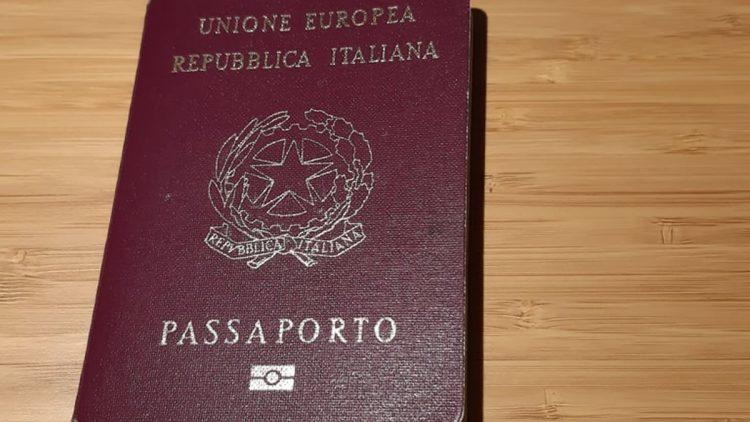 Passaporto Repubblica italiana