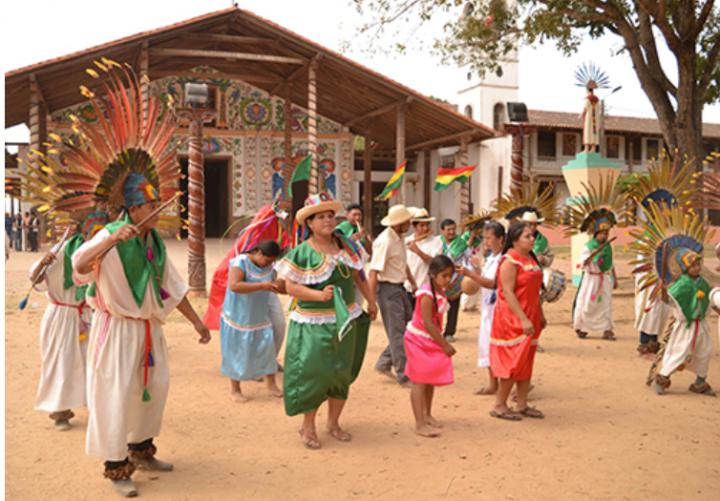 Estrenan en Bolivia primera serie de ficción indígena para televisión «Tejiendo Futuro, Regresando a la Tierra»