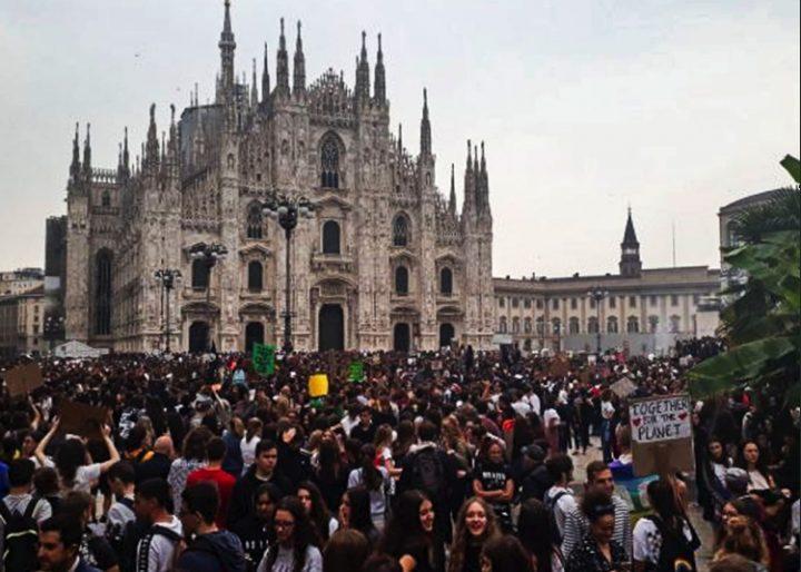 27 settembre, sciopero globale per il clima: 150.000 in corteo a Milano