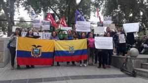 Chile: Plantón ante el Consulado del Ecuador