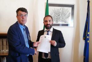 Cittadinanza: incontro con il presidente della I Commissione della Camera, Giuseppe Brescia (M5s)