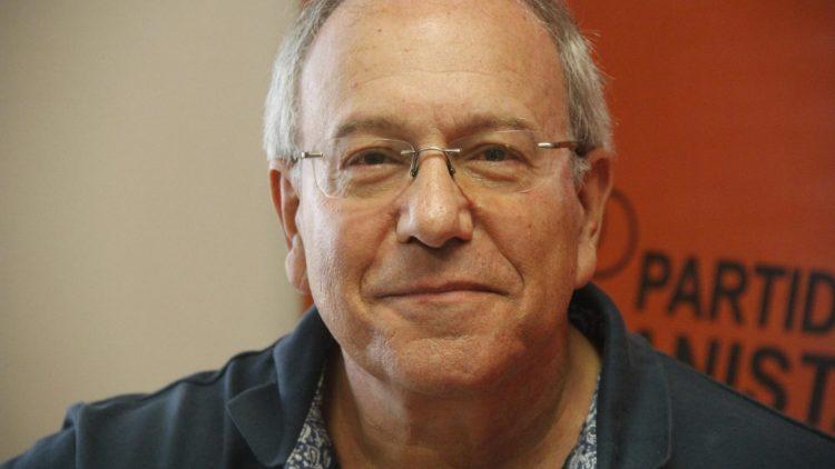 Chili : Le député Hirsch présente un projet contre la guerre