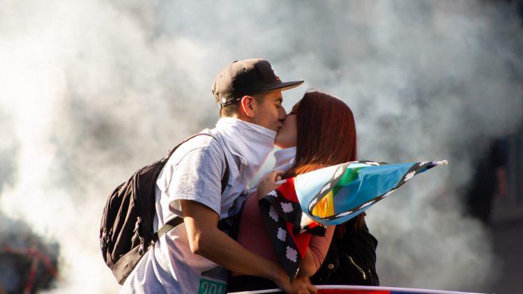 Vers La Moneda, le Palais présidentiel chilien : ce que les médias ne montrent pas